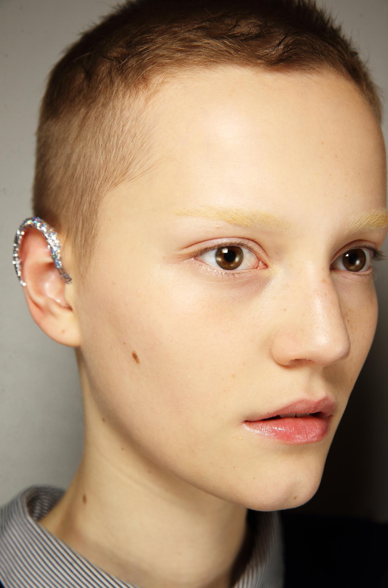 glitter ear
