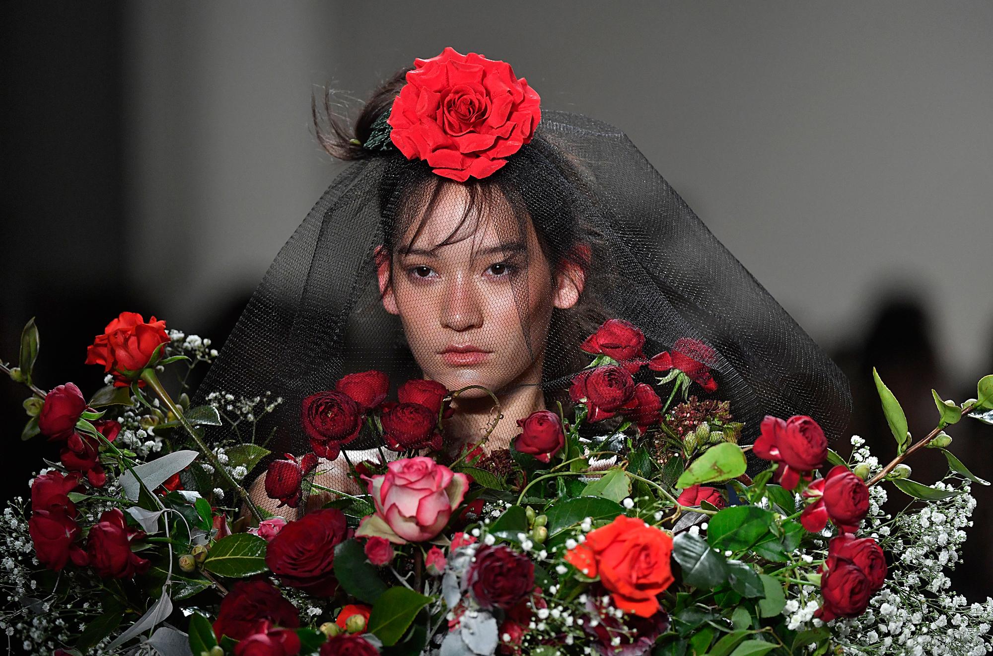 adam selman roses