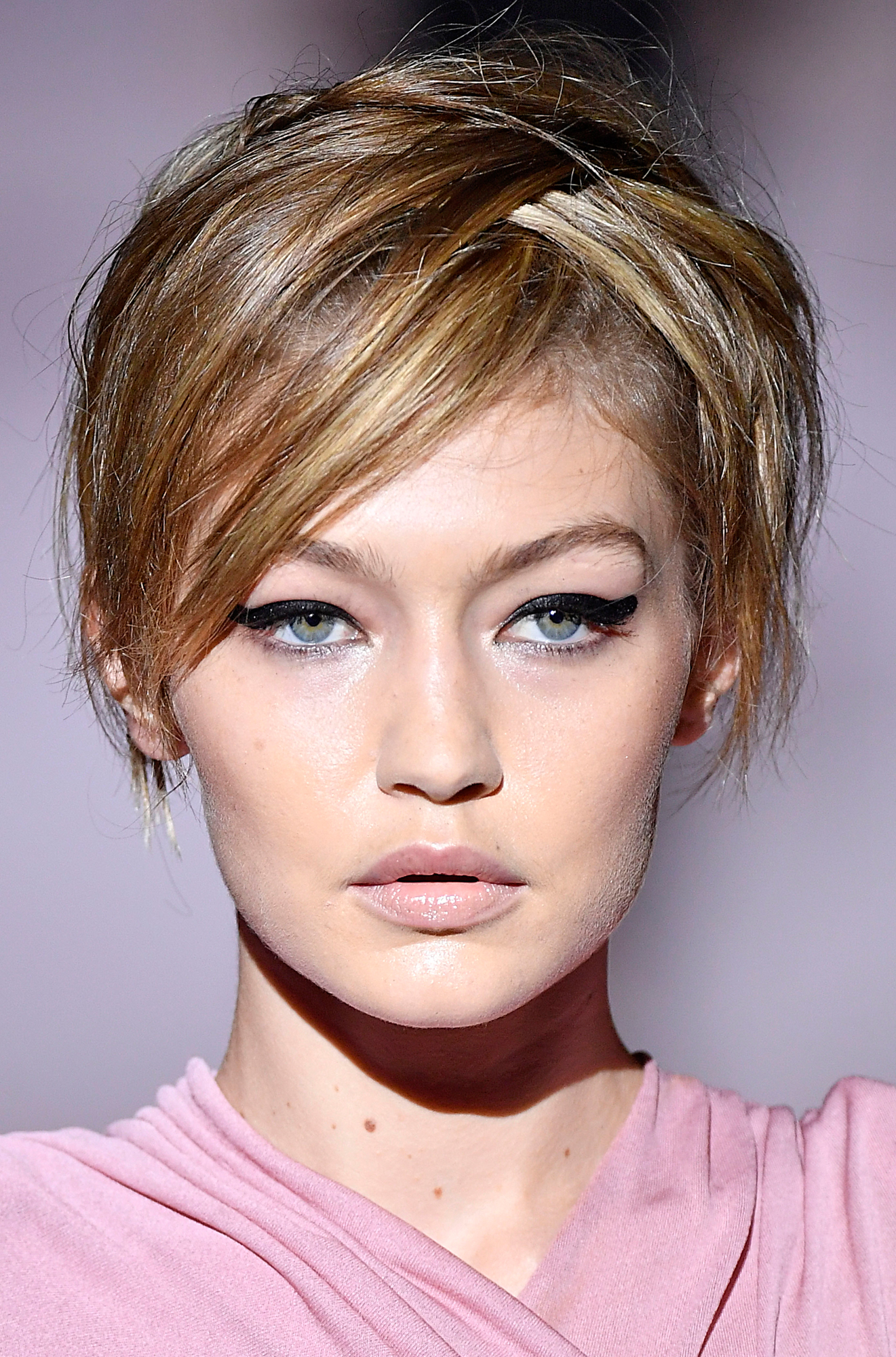 Gigi hadid short hair